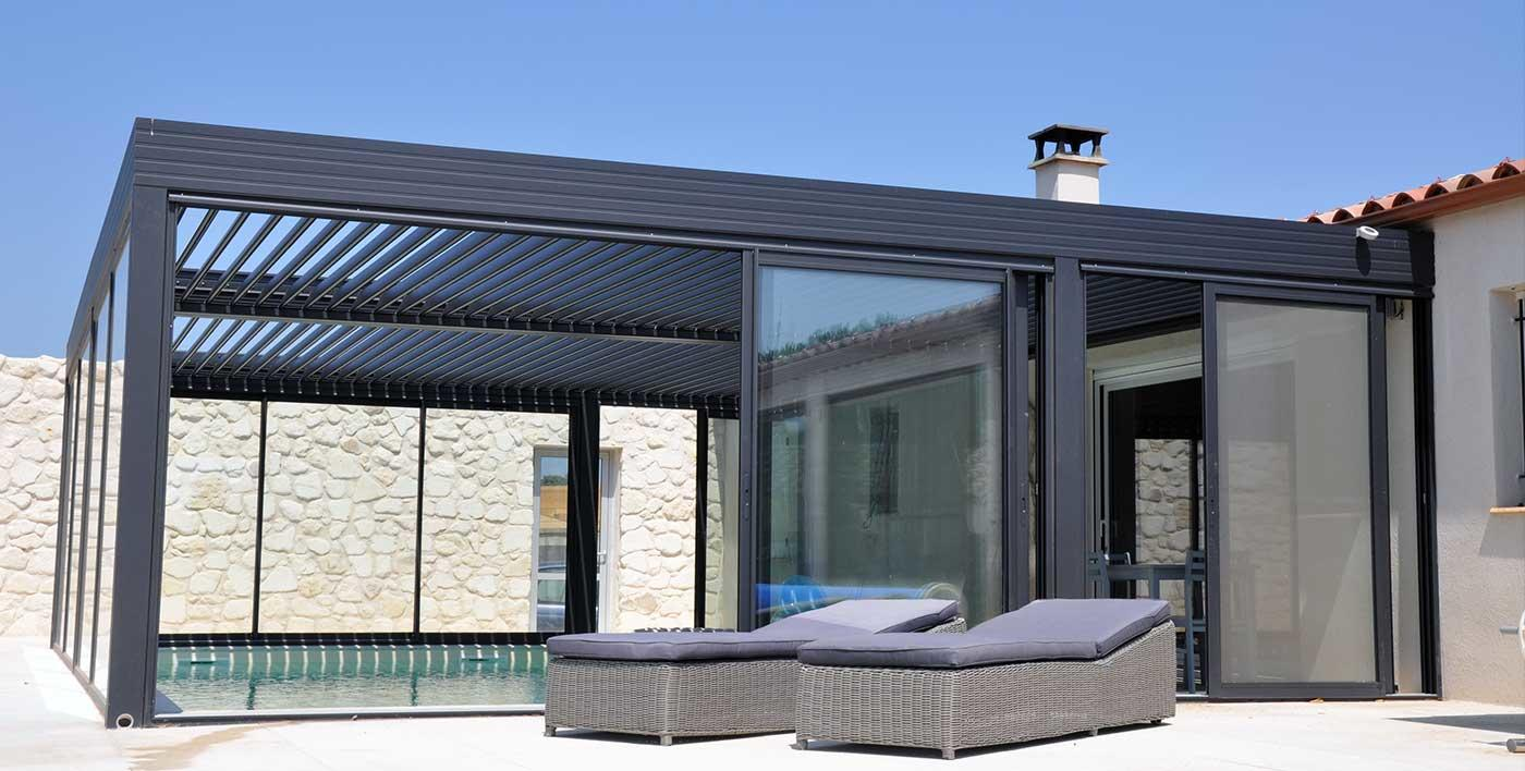 Pergola bioclimatique wallis outdoor bezin - Pergola bioclimatique prix ...