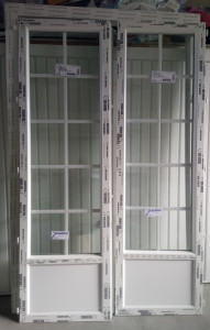 Porte-fênetre 2 vantaux avec soubassement