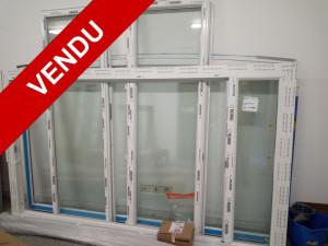 Porte fenêtre PVC 2 vantaux avec imposte fixe