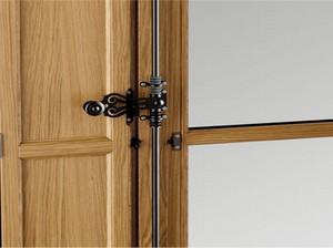 06B. Fenêtre BOIS «MGL» avec volets intérieurs