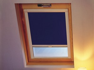 Store fenêtre de toit occultant