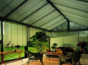 Store plissé de toiture